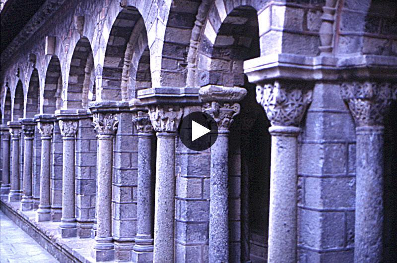 Notre-Dame Le Puy-en-Velay Cloister