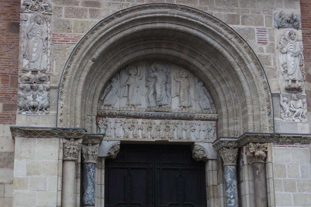 Saint-Sernin de Toulouse: La Porte Miègeville