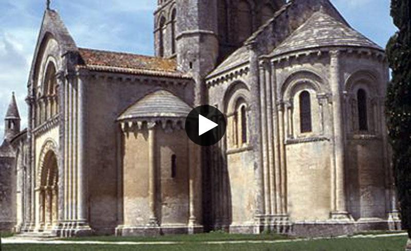 Aulnay de Saintonge: Southern Transept Porch