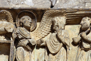La Charité-sur-Loire, Tympanum of the Virgin, Annunciation to the Shepherds