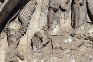 La Charité-sur-Loire, Tympanum of the Virgin, Monk