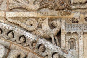 Poitiers Notre-Dame-la-Grande, Dragon