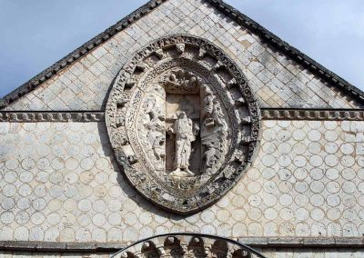 Poitiers Notre-Dame-la-Grande Fronton Christ