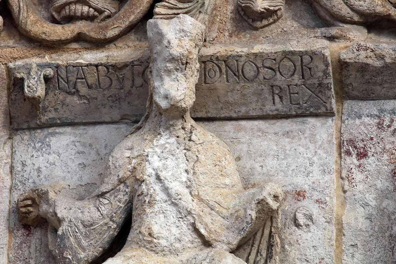 Poitiers Notre-Dame-la-Grande Nebuchanezzar