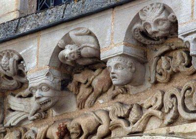 Poitiers Notre-Dame-la-Grande Cornice