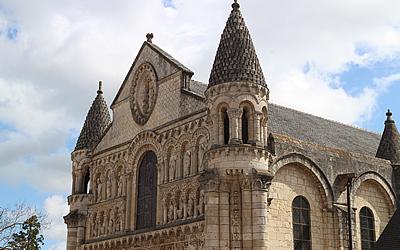 The Romanesque Facade of Poitiers: Notre-Dame-la-Grande